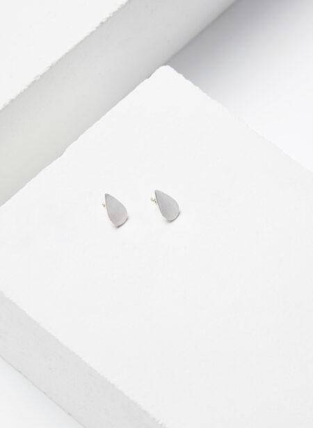 Uhana - Petite Drop Nappikorvakorut, Hopea